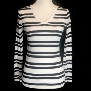 Merona minimalist stripe long sleeve tee shirt